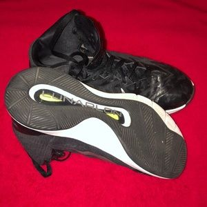Nike Shoes - Nike basketball shoes size 8